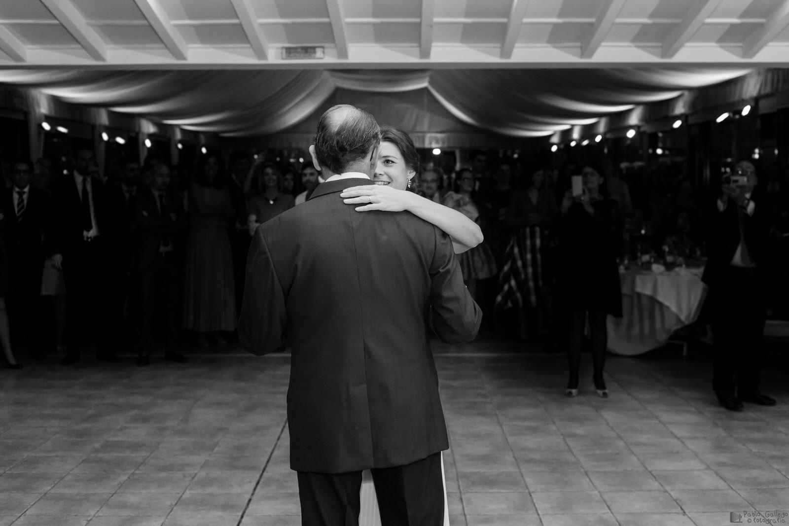 El baile de la novia con su padre